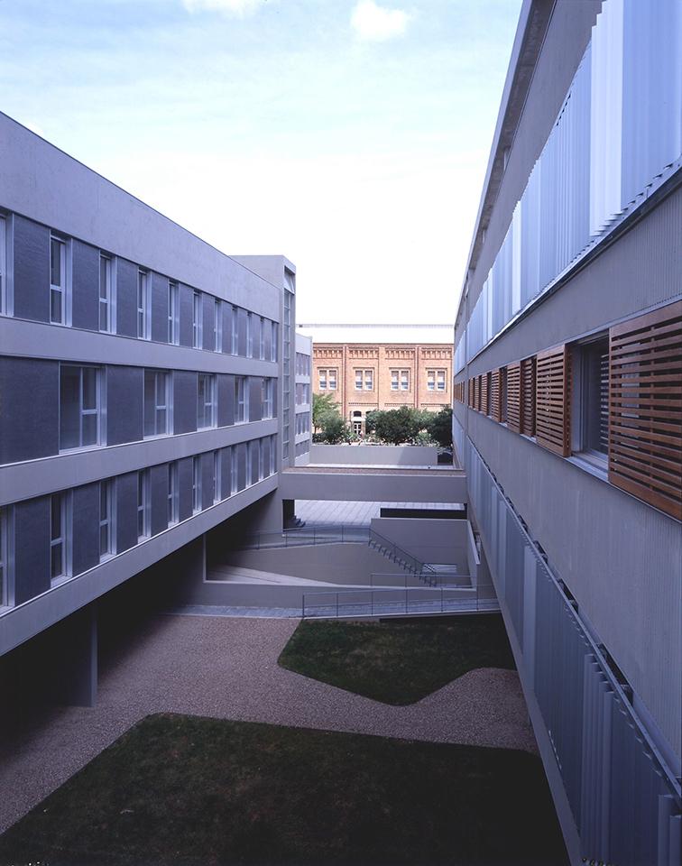 ESTUDIANTES02
